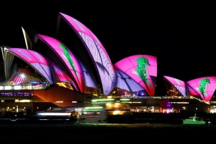 Сидней утонул вразноцветных огнях