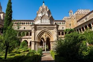 Королевский монастырь Санта-Мария-де-Гуадалупе