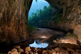 Самая большая и необычная пещера в мире