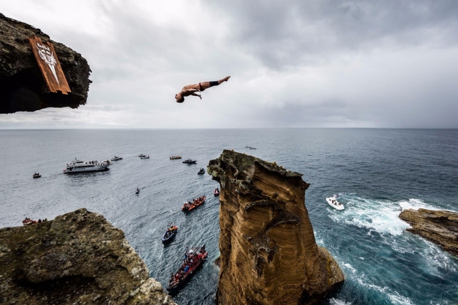Клифф-дайвинг: экстремальные прыжки вниз головой